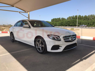 Mercedes Benz 300/350/380 2017 for sale
